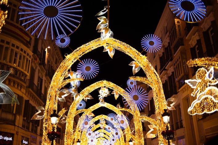 クリスマスライトマラガ