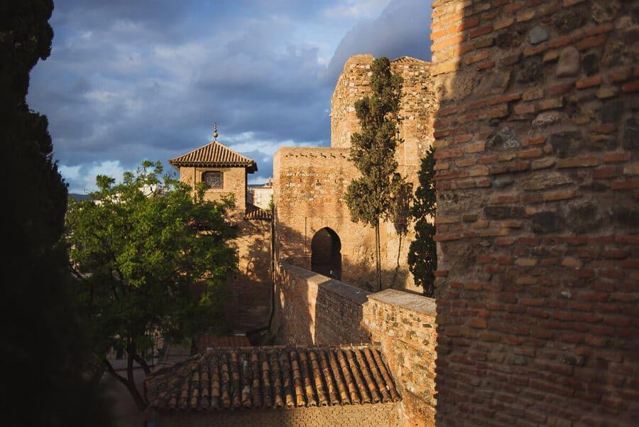 visit alcazaba